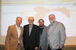 Von links nach rechts: Mag. Leo Faltus, Dr. Hans Angerer, Mag. Klaus Bergmaier, Schulleiter Mag. Erich Böck